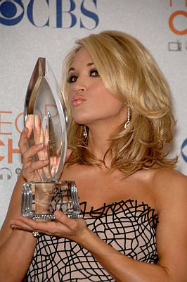 Pics of Carrie Underwood's Engagement Ring