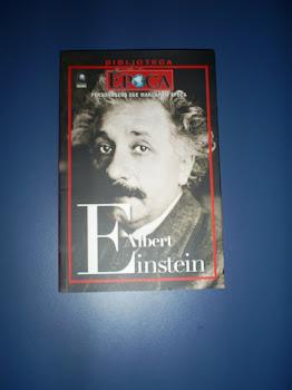 Vendo Livro Albert Einstein