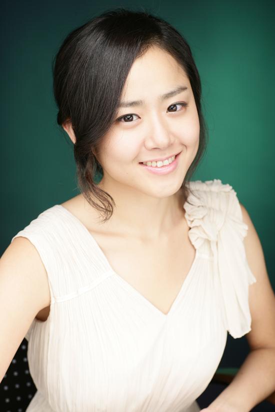 Moon Geun-young - Images