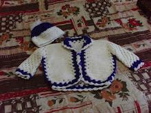 Casaco e touca de bebê