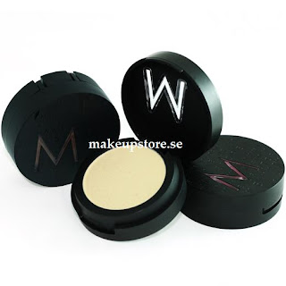 Review | Makeup | Eyes | Eyeshadow | Make Up Store Microshadow in Sun Breeze