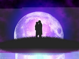 besos bajo la luna.jpg_WWW.incognitamujer.BLOGSPOT.COM