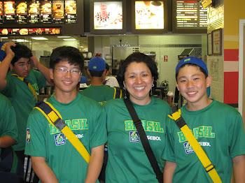 Shiomatsu, Vera e Lucas Nagano no Mc Donald's