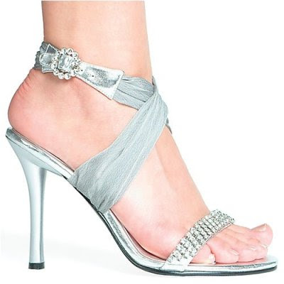 silver-trend-wedding-shoes.jpg