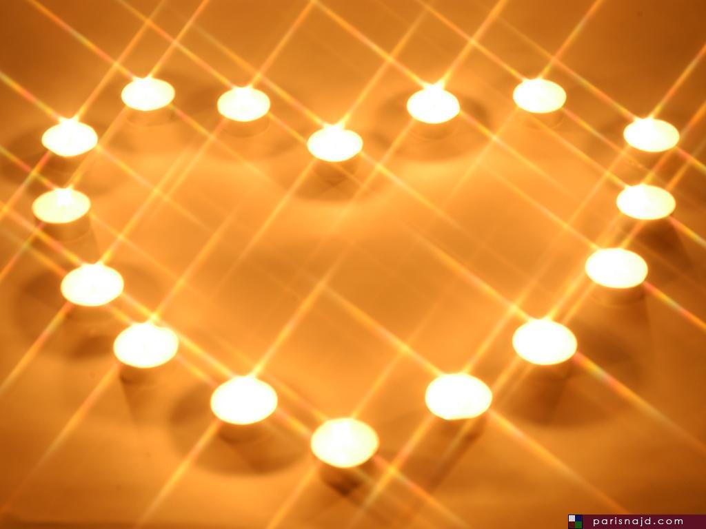 قلب من الشموع