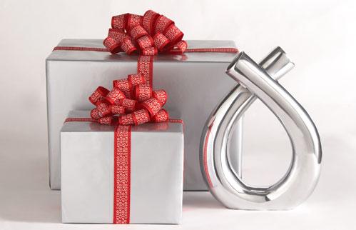 آهّات الجُـنون>> كل عآم وإنتي بخير Gift_center
