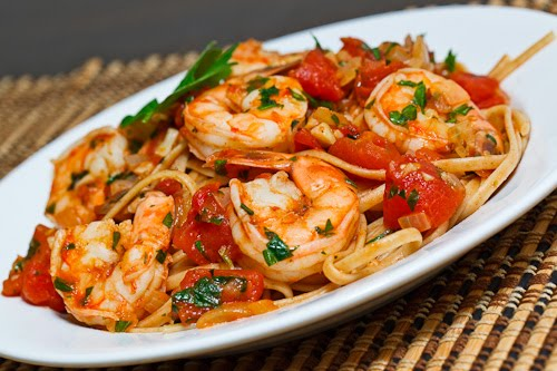 quick and easy shrimp linguine in a tomato and seafood sauce