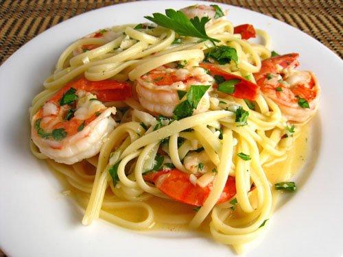 Shrimp Scampi on Closet Cooking