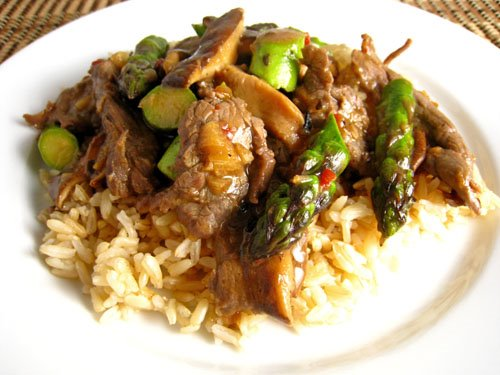 Asparagus, Beef and Shiitake Mushroom Stir-fry on Closet Cooking