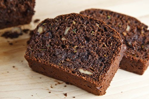 Chocolate Zucchini Bread on Closet Cooking