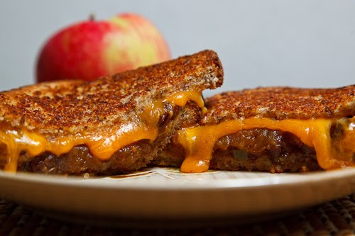 Grilled Cheese Sandwich with Apple Chutney on Closet Cooking