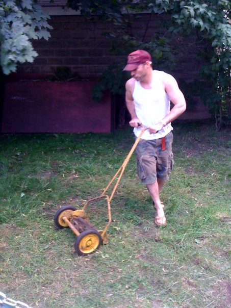 [olde_timey_mowing]