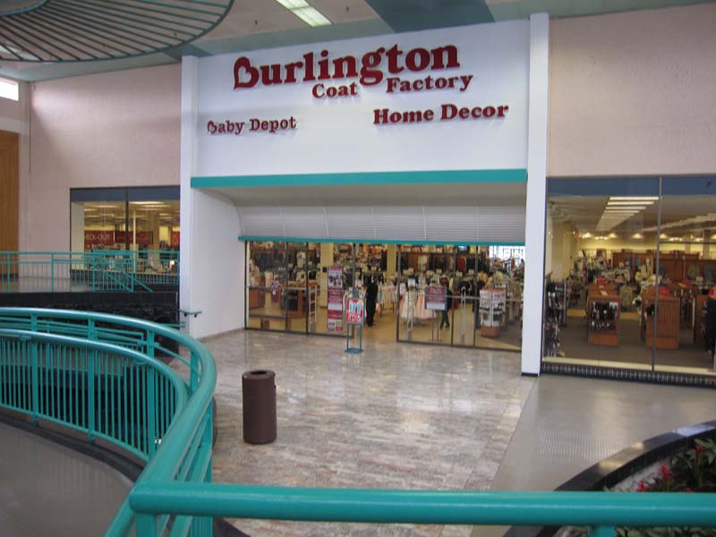 The Burlington Coat Factory Originally Loveman S Mall Entrance The Entrance Has Been Painted Over And Modified Significantly Since It Was Loveman S