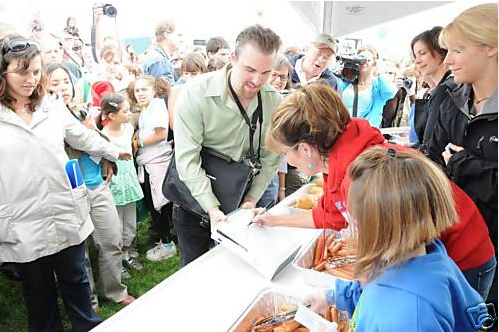 Sarah Palin's Xbox 360: Selling for 1.1 million on eBay