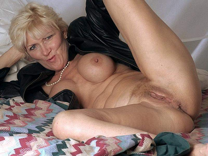 Old mature sluts pictures — 5