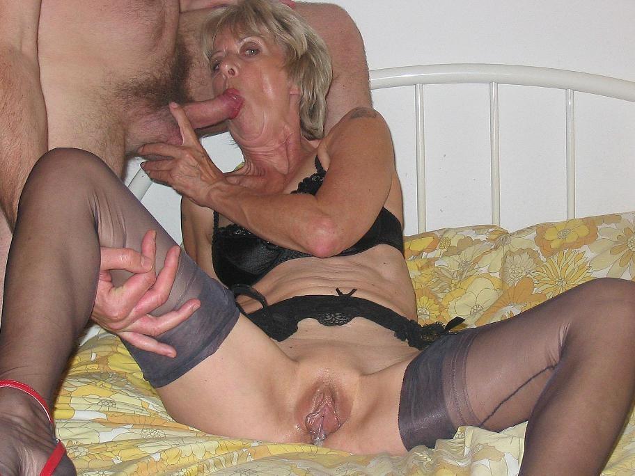 porno-foto-granny