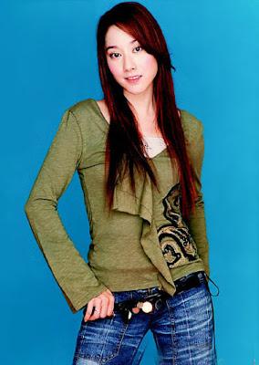 Beautiful Taiwanese Idol : Evonne Hsu