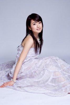 Cute Taiwanese Girl : Ariel Lin (Lin Yi Chen)
