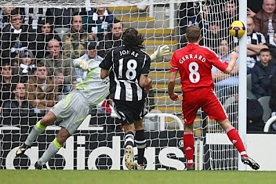 Steven Gerrard of Liverpool scores the opening goal against Newcastle during their Premier League match at St James Park on December 28, 2008 in Newcastle, England.