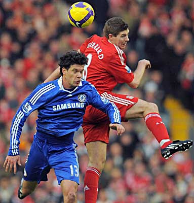 Chelsea midfielder Michael Ballack (left) battles against Liverpool midfielder Steven Gerrard.