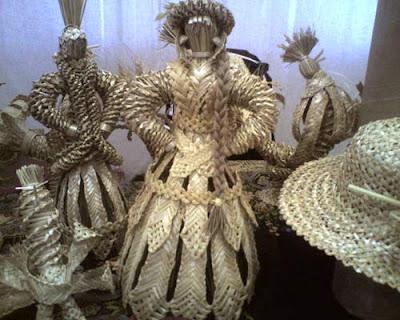 плетение из соломки, сувениры из соломки, русские сувениры