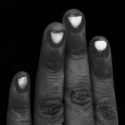 Corazones en los dedos
