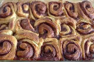 ... Luscious: (Not As) Dark and (Even More!) Dangerous Cinnamon Buns