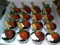 Cupcakes with fresh strawberry