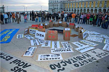 Manifestação Porta 65 Fechada