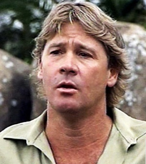 a biography of stephen steve robert irwin an australian environmentalist Steve irwin was a famous australian naturalist best known for his wildlife show 'the crocodile hunter' to know more about his childhood, career, profile and timeline read on  steve irwin biography  australia, stephen robert irwin exhibited an acute interest in animals at an early age as he grew up on a wildlife park owned by his.