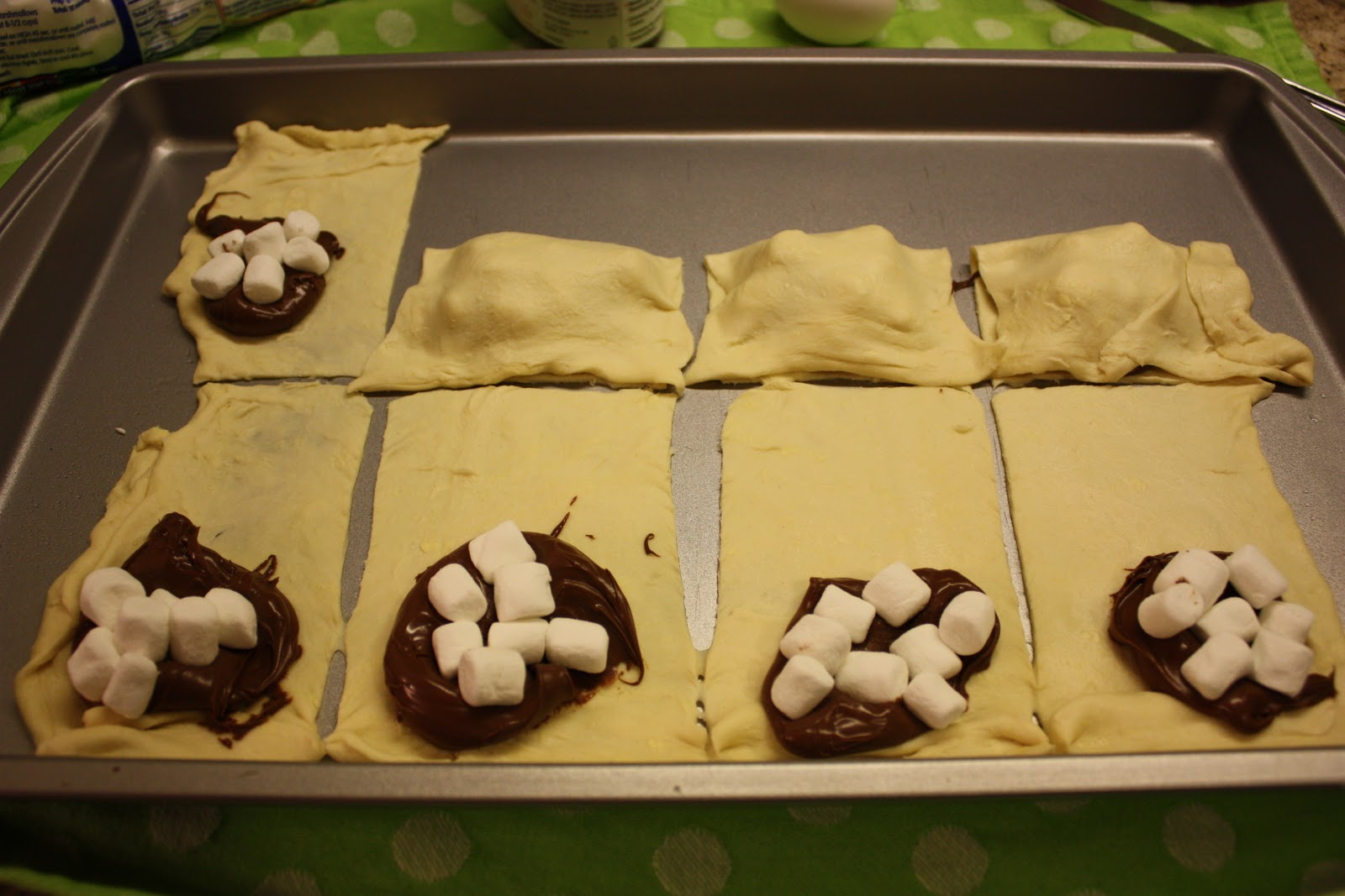 nutella mallow pillow pockets nutella mallow pillow pockets recipe ...