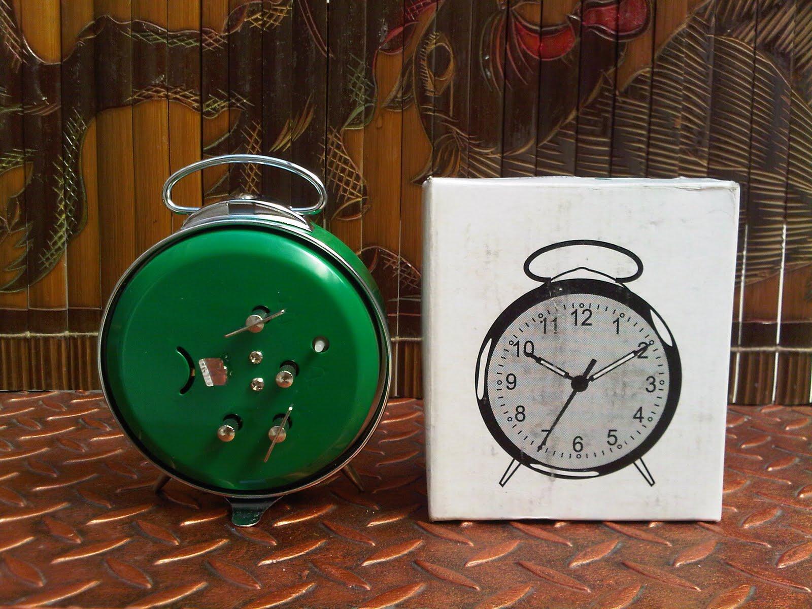Karya Babah Antik Jam Weker Burung Glory Peluit Jadul Merk Made In China Warna Hijau New Old Stock Lengkap Dengan Kotaknya Untuk Menambah Koleksi Anda