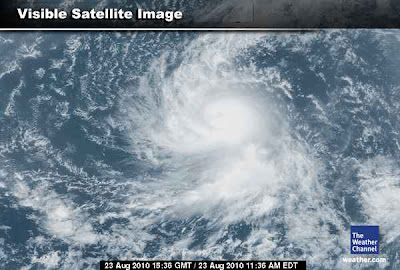 >DANIELLE TO BECOME A HURRICANE BEFORE DAY'S OUT!