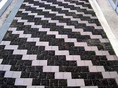 Obuse Sidewalk