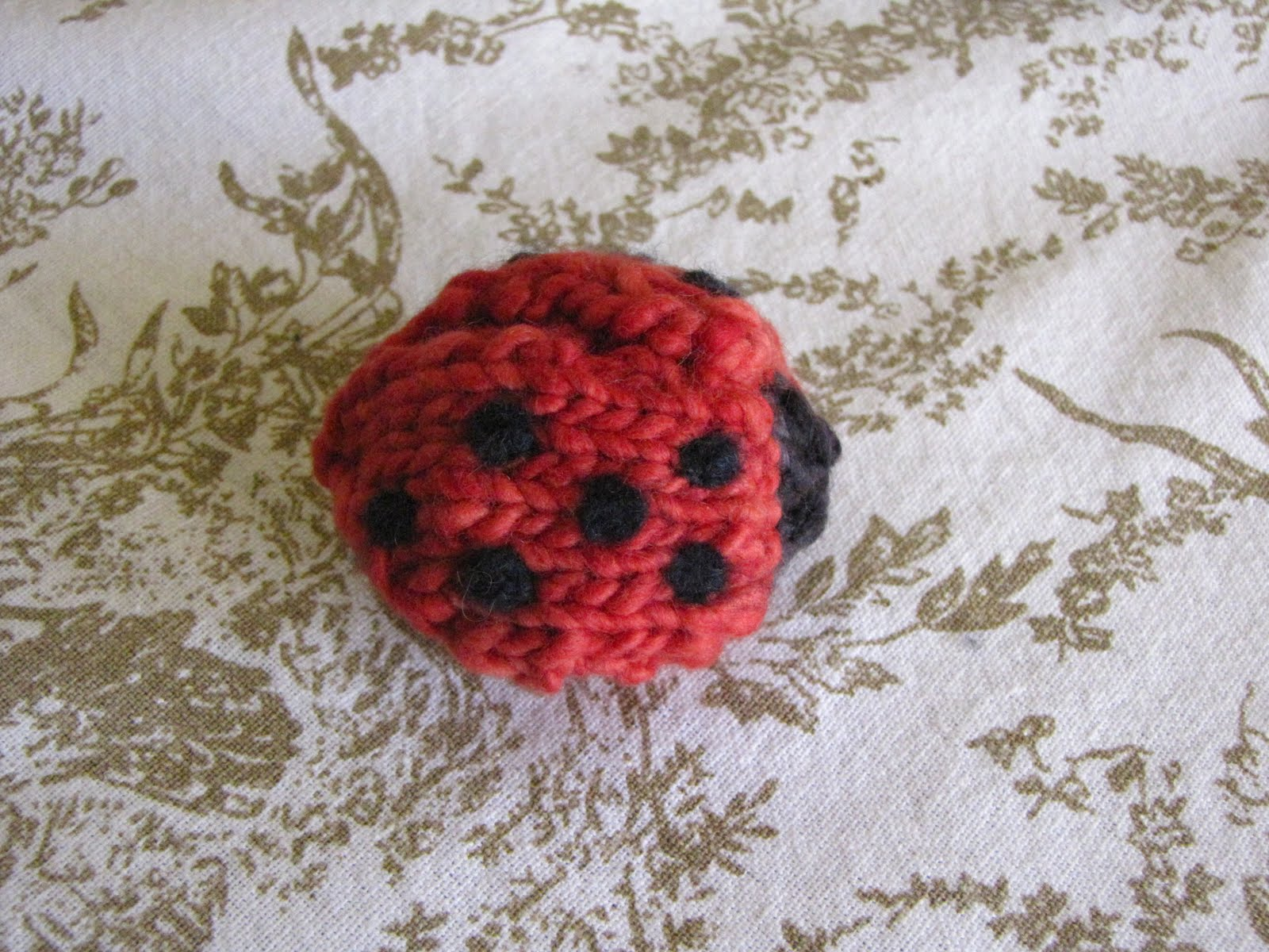 Knitted Mamma4earth Ladybug / Ladybird Pattern - Natural Suburbia