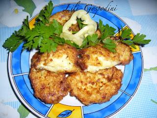 Articole culinare : Chiftelute de dovlecel cu branza