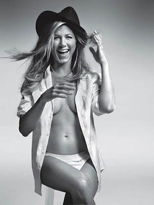 <b>Jennifer Aniston</b> Naked In <b>GQ</b>