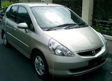 Dicari Mobil Honda Jazz tahun 2000-2004