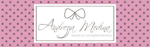 Andrezza Medina Tiaras e Complementos