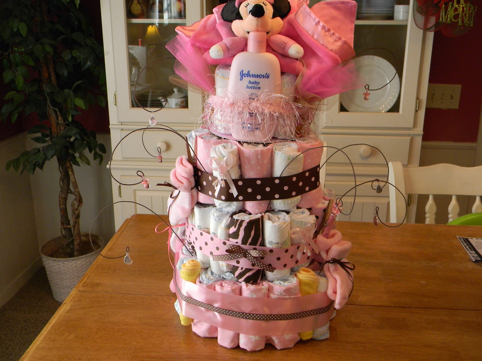 The tolliver times baby shower diaper tower for Baby shower diaper decoration