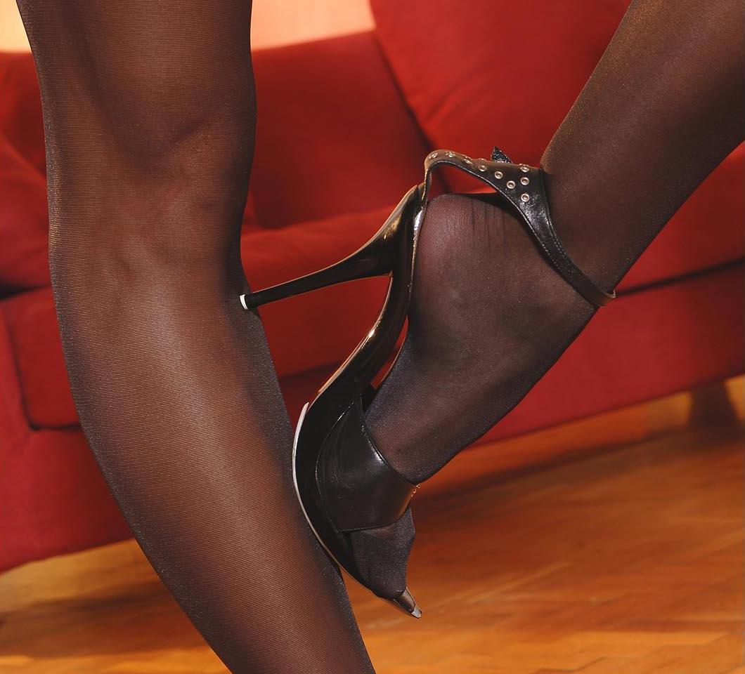 Кончать на туфли