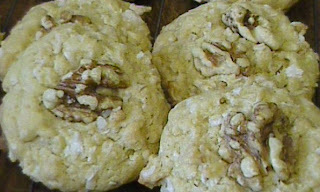 Cookie Recipe - Coconuty Cookies (a.k.a. Old-Fashioned Macaroon Cookies)