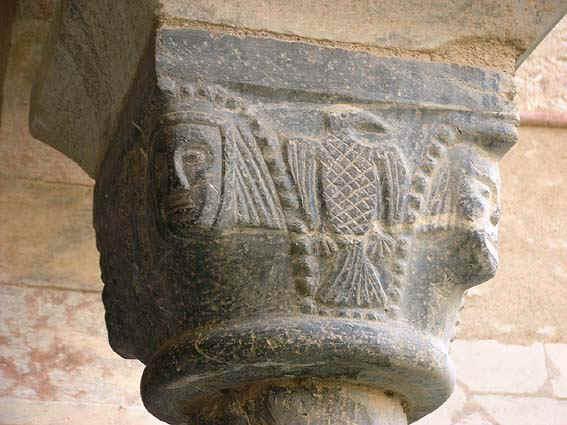 Capitello Abbazia Avril(Staufer) de(von) Saint(Hohen) Genis(Staufen), Aquila Sveva degli Aprile von