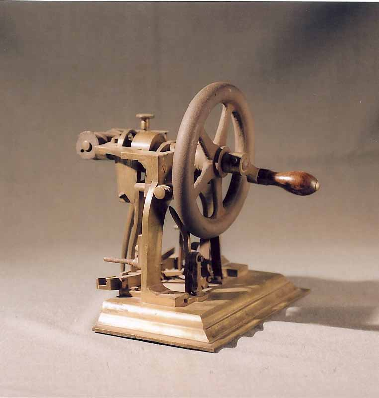 The Design Enthusiast: Friday Find - Antique Sewing Machines