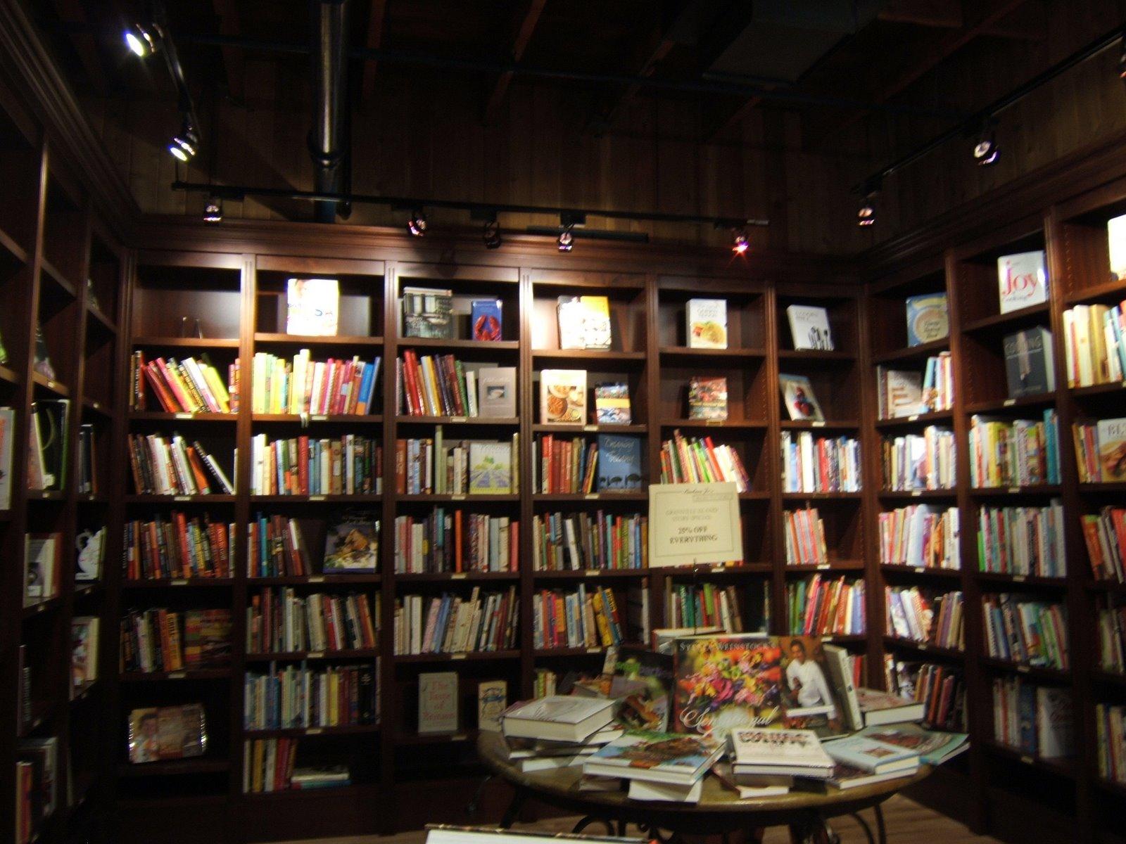 [shelves2.JPG]