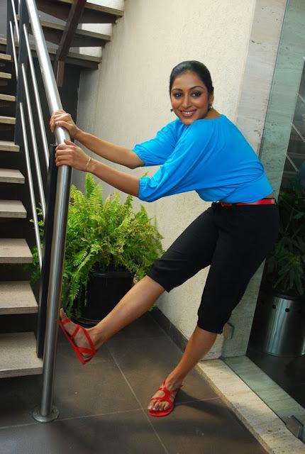 Actress Padma Priya Still 6