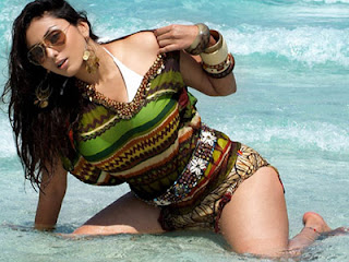 Namitha commits suicide?