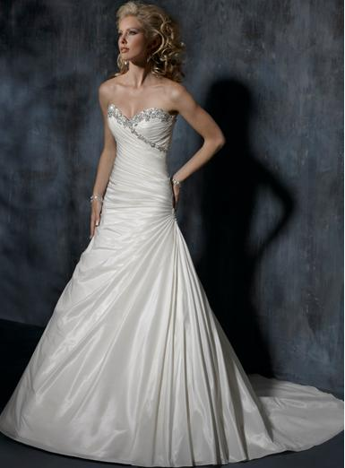 Heart to Heart Bridal & Formal: Bridal Gown Suppliers