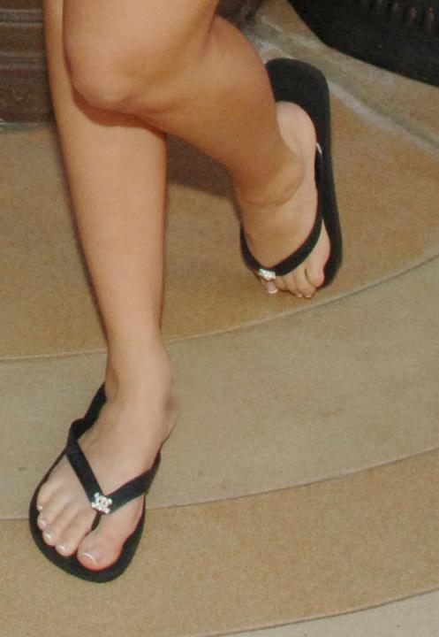 laura linneys feet