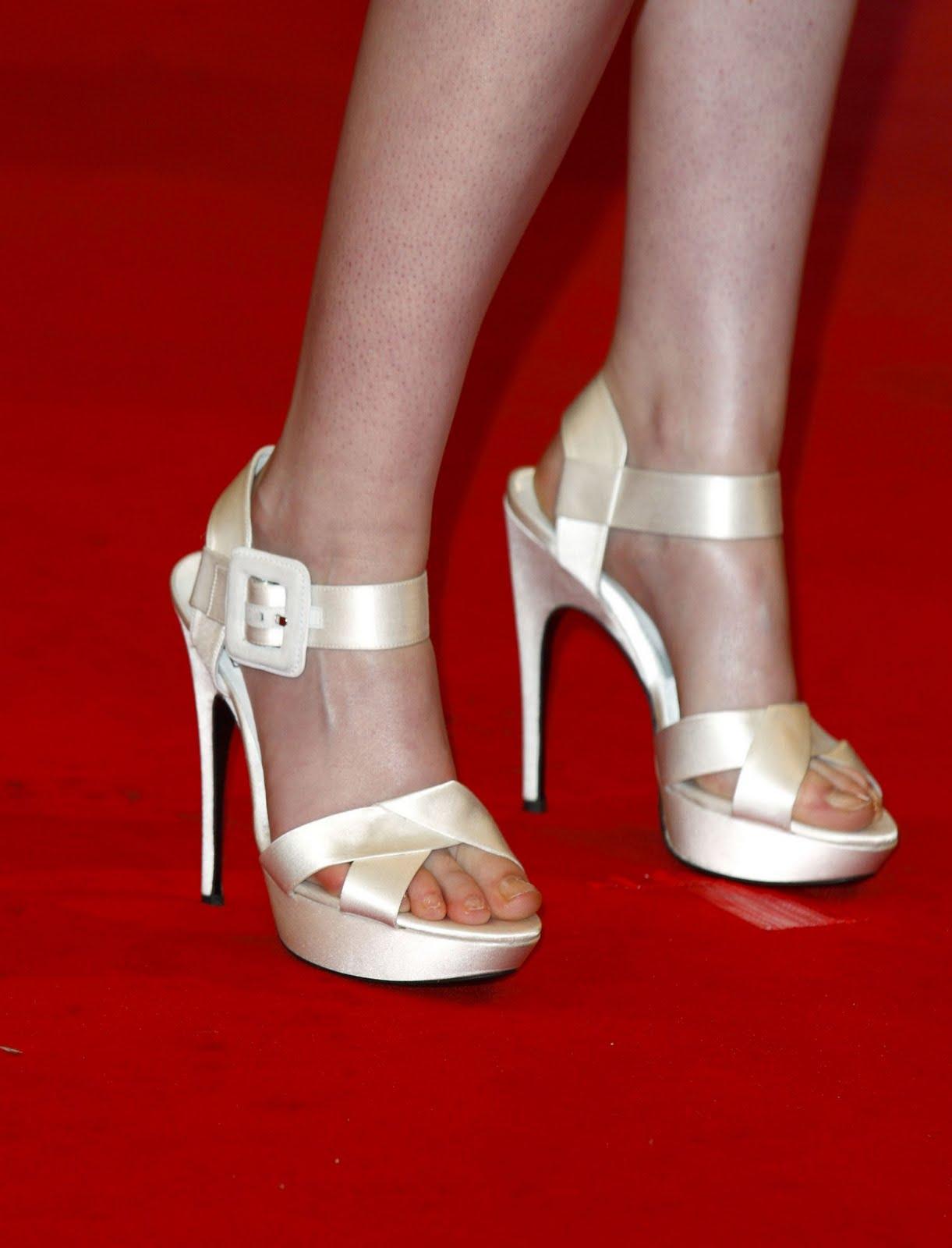 Download this Kristen Stewart Feet picture